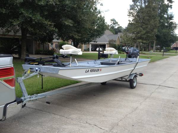 15 FT ALL WELD JON BOAT WITH 40 HP YAMAHA OUTBOARD - $6000 (COVINGTON, LA)