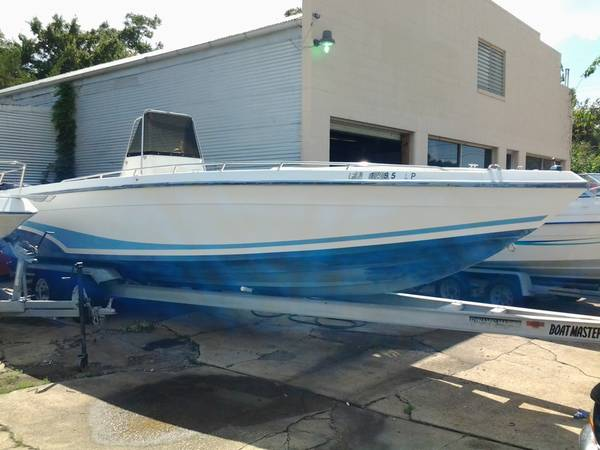28 ft BAJA CENTER CONSOLE (new orleans)