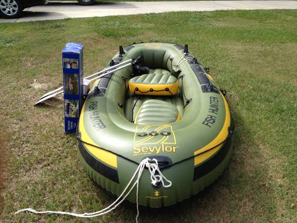 Fish Hunter - Inflatable Boat - 6 person900 lbs max with motor - $350 (Bedico Madisonville)
