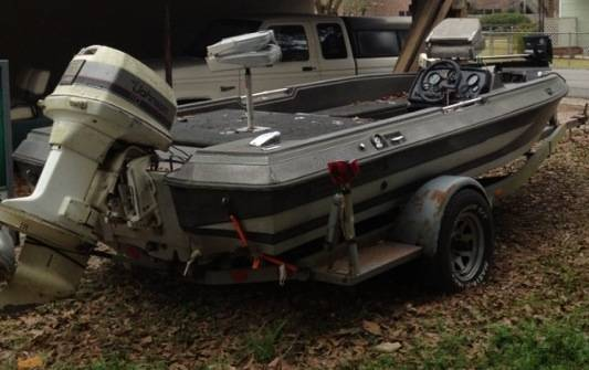 NEED GONE BY THIS WEEKEND 1987 Procraft w110hp Johnson - $1500 (Baton Rouge)