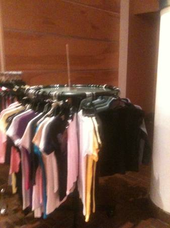Black Round Clothing Rack with Glass Top - $35 (New Orleans)