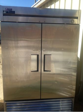 True 2 door cooler 1500obo - $1500 (Jackson,ms)