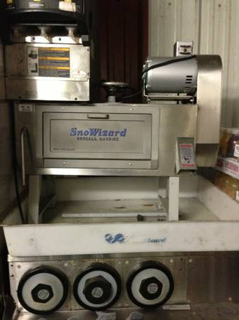 COMMERCIAL SNOWBALL MACHINE - $1000 - $1000 (8733 S. Claiborne Ave.70118)