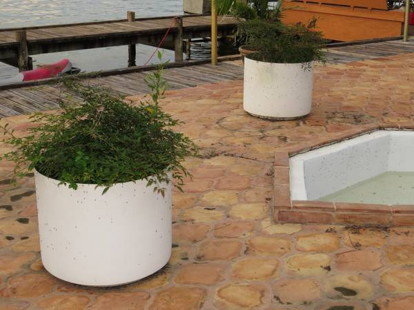 Large Fiberglass Flower pots free (lake ramsey)