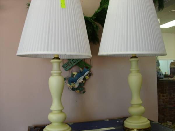 BEIGE GLASS LAMPS WITH LAMP SHADES...MODERN...ONLY $7.00 EA ($7.00 EA KENNER)