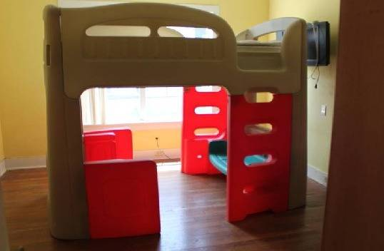 RARE Step 2 Twin Bunk Bed Loft Bed Playhut - $1000 (LaPlace)