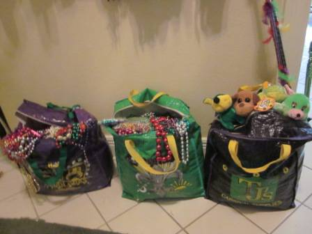 Mardi Gras Beads and Toys 20 lb bag -   x0024 15  Covington
