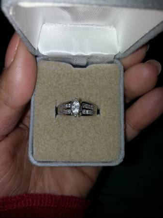 engement ring for sale -   x0024 800  new orleans