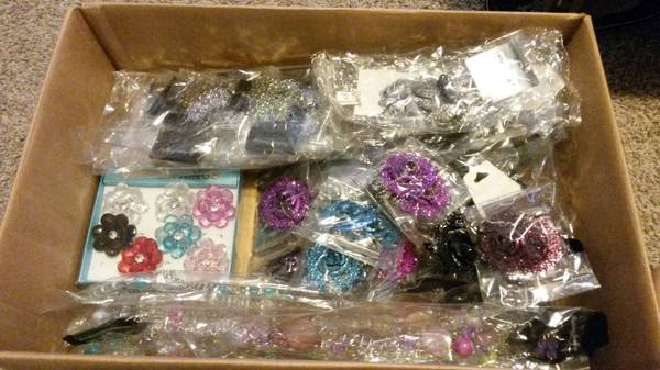 A box filled w  new jewelry    -   x0024 1  United States