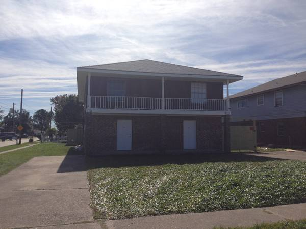 Renovated town house - luxury investment 16$ year - $150 (kenner)