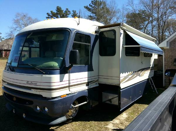 1997 PACE ARROW VISION GREAT DEAL - $25000 (Poplarville, Pearl River, County MS)