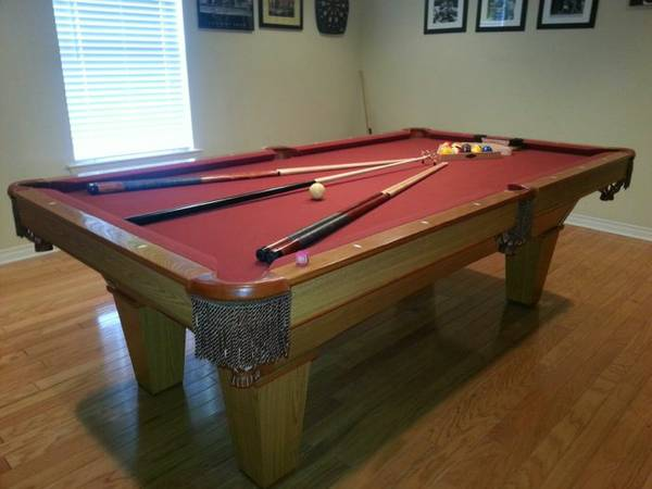 Brunswick Pool Table - x0024900 (Belle Chasse)