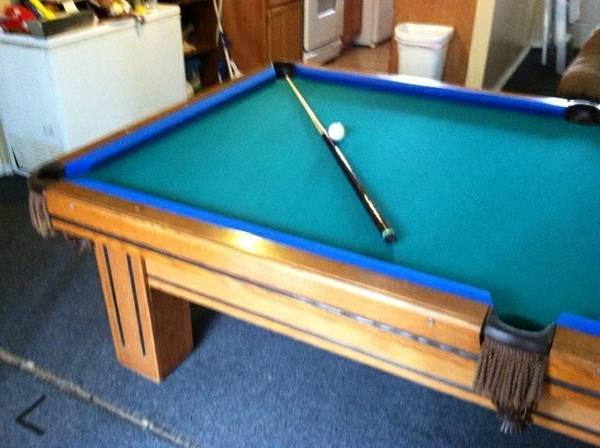 9 GANDY POOL TABLE FOR SALE