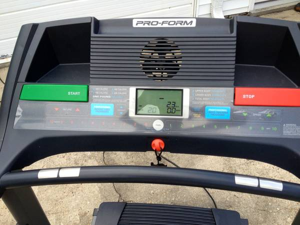 Treadmill - Proform 565 Cross Trainer  - $305 (Old Metairie)