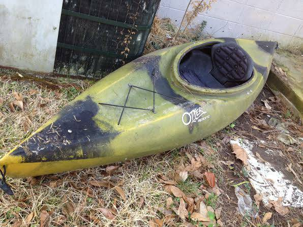 Old Town Otter Sport kayak w paddle - x0024250 (Magee, MS)