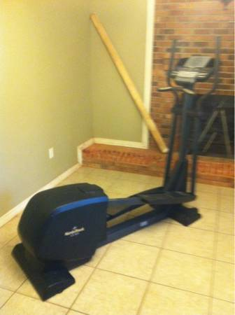 NordicTrack CX 925 Elliptical - $400 (Abita springs)