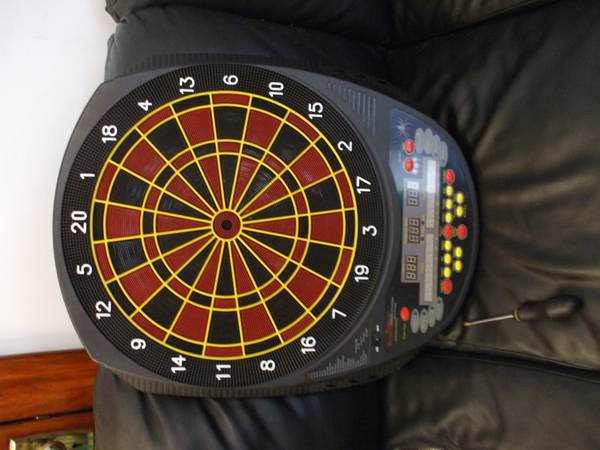 electronic dart board - $50 (new orleans carrolton)