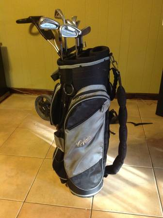 Bag boy lt-450 viper golf bag clubs - $45 (Gretna)