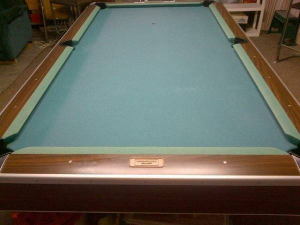 Gorgeous Brunswick Century Slate Pool Table - $800 (Harahan)