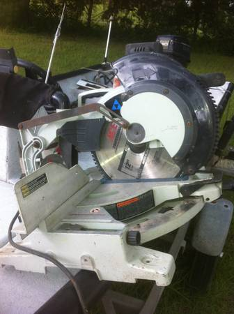 Delta industrial 12 compound miter (chop saw) - $1 (Albany)