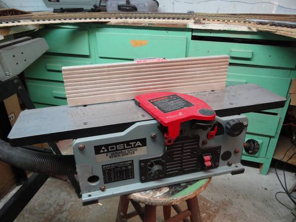 Delta 6 Variable Speed Bench Jointer - $300 (Metairie)