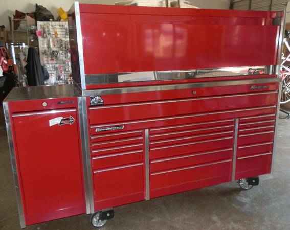 Snap On KRL1033 Large Triple Bank Toolbox  KRL7972 Hutch - $6750 (Dallas)
