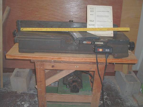 Craftsman 6 18 jointer on wood stand - $125 (Upotown N.O. near Tulane)