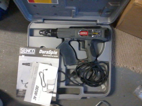 Senco DS200-AC Duraspin 3,300 RPM Collated Screwdriver - $60 (CLEARVIEW NEAR LAKE)