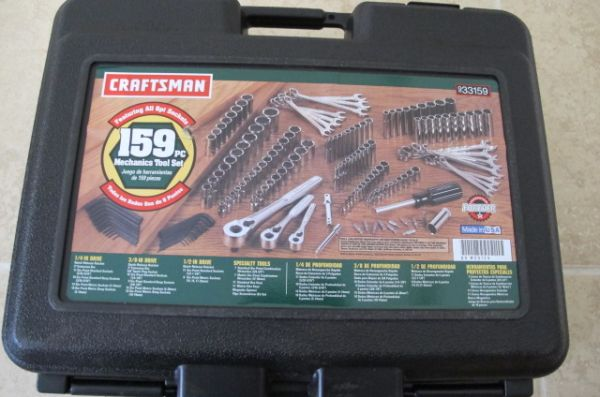 Craftsman 159pc socket wrench set - $100 (Saint Rose)