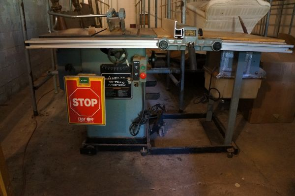 DELTA 10 Table Saw Router Table - $1200 (Folsom)