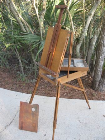Vintage Grumbacher Easel 386 - $75 (Lacombe)