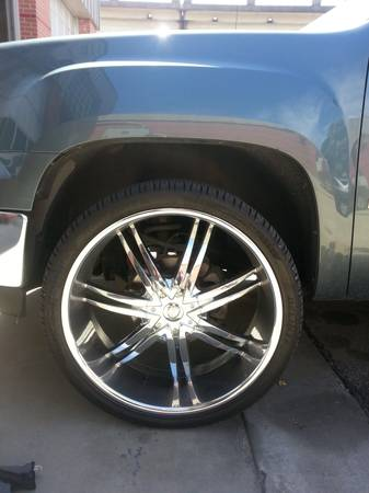 26 inch rims and tires - $2500 (kenner)