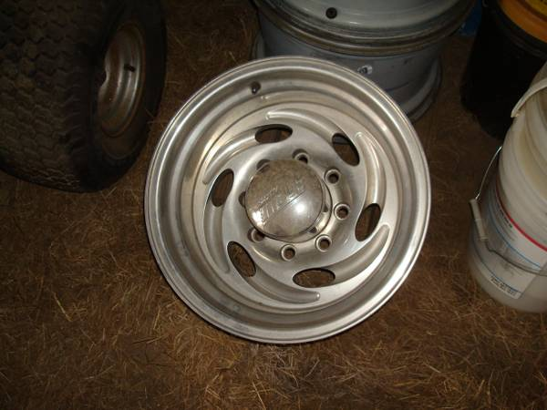 Eagle Alloy 16X10 8 Lug Wheels - $300 (Lacombe, LA)