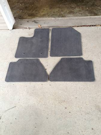 2013 FORD F150 OEM FLOOR MATS - x002430 (METAIRIE)