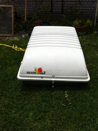 Hard car top carrier - $50 (Saulet Apartments)