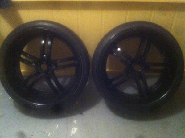 22 inch staggered rims - $425 (Houma)