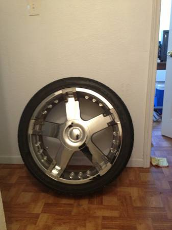 24 Inch Tires and Rims - x0024700 (new orleans)