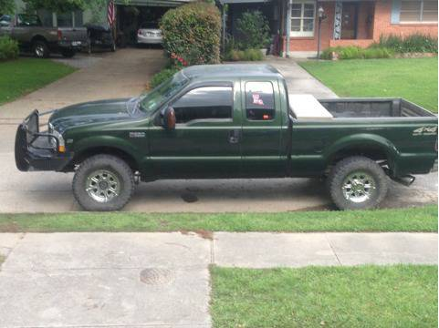 Ford f250 4x4 - $5200 (Metairie )