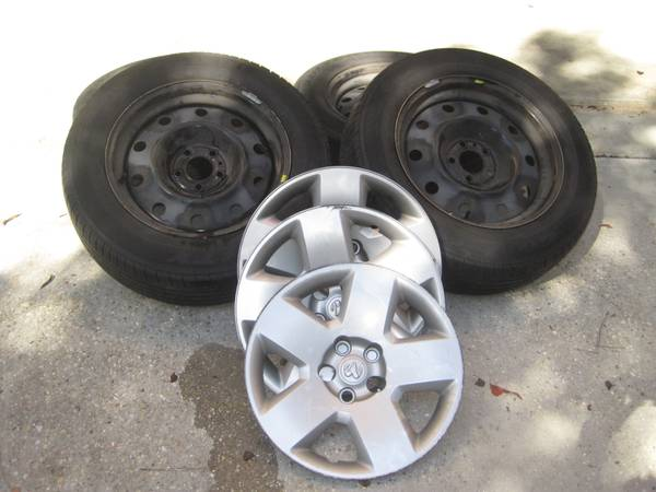 Dodge Charger Rims, Tires Wheelcovers - $300 (Mandeville)