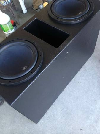 12 inch sub pro box - $250 (Metairie)