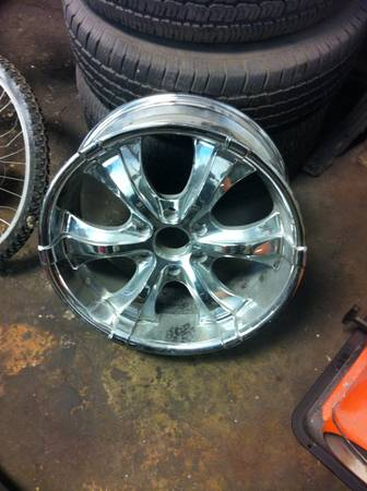 Chevy 6 lug 20 inch rims fits 99-13 - $400 (Metairie )