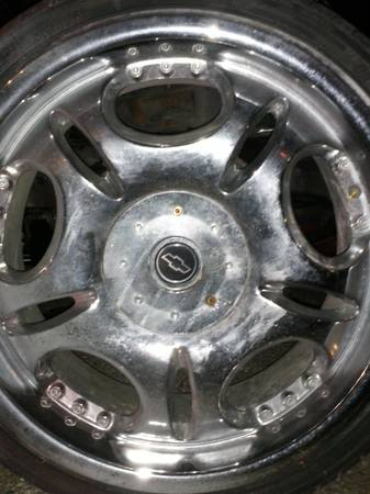 20 inch rims and tires 5 lug universal - $450 (metairie)