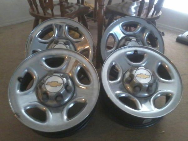 16 Chevy 6 Lug Truck Rims - $120 (Terrytown)
