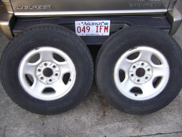 (4) 99 06 GMC CHEVY 16 STOCK 6 LUG STEEL RIMS NO CENTER CAPS - $80 (SLIDELL NEW ORLEANS, LA)