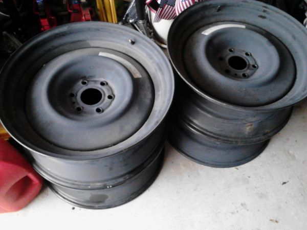 22 steel smoothie wheels GM 6 lug - $450 (Slidell)