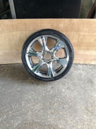 18 5 LUG CHROME RIMS - $529 (River Parishes)