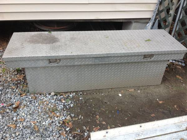 Aluminum Better Built Truck Tool Box - $200 (Metairie)