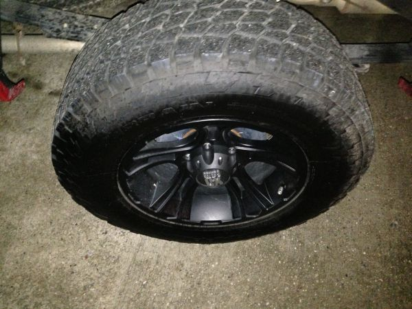 33 inch nitto tires and 18 inch XD rims - $1800 (United States)