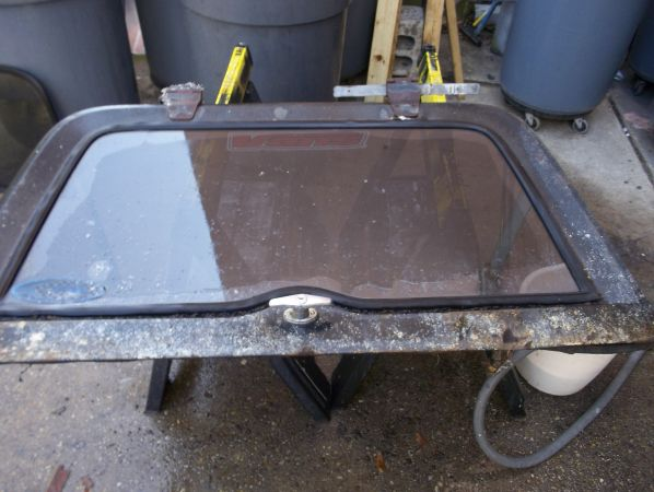Jeep hardtop glass - $80 (Uptown)