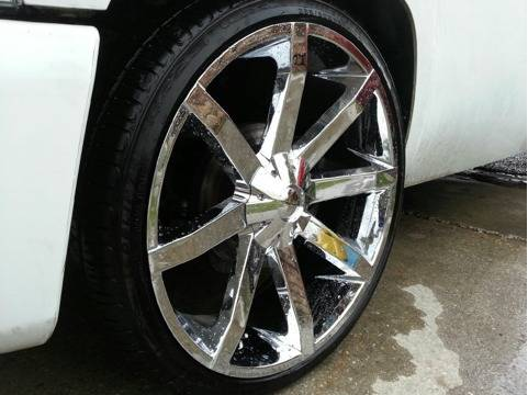 1 month old KMC SLIDES rims and tires perfect $2700obo - $2700 (Houma, la)